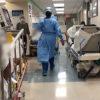 空回りでなく医療体制構築と生活補償を急げ 現実と乖離した政府対応